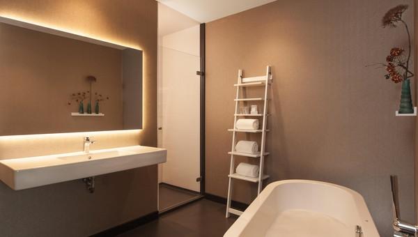 Luxe Badkamer Hotel : Deluxe hotelkamer van der valk hotel veenendaal
